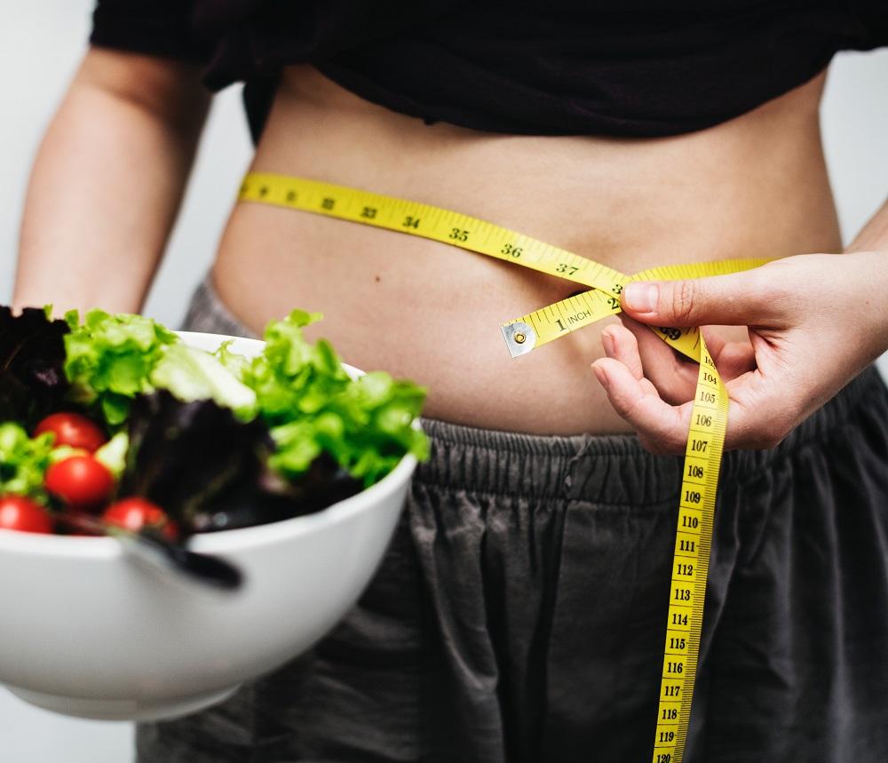 Jeûner pour perdre du poids : Avantages et inconvénients